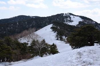 大長山と雪の回廊