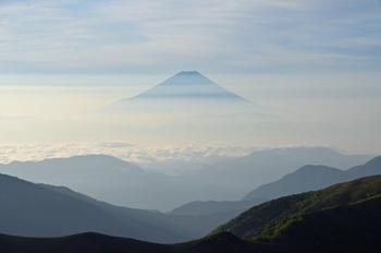 幻想的な冨士山