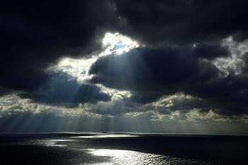 明石海峡の光芒